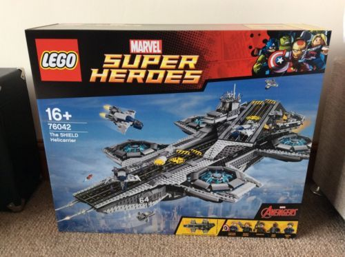 LEGO Marvel Super Heroes Avengers The Shield Helicarrier 76042