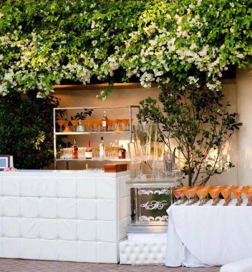 Charming 26 Creative Wedding Drinks Bar Design Ideas Design