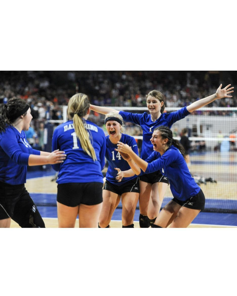 Dayspring Christian Academy Celebrates As They Advance To The Class 2a State Volleyball Championship Photo By Aly M Photo Greeley Sports Photography Tribune