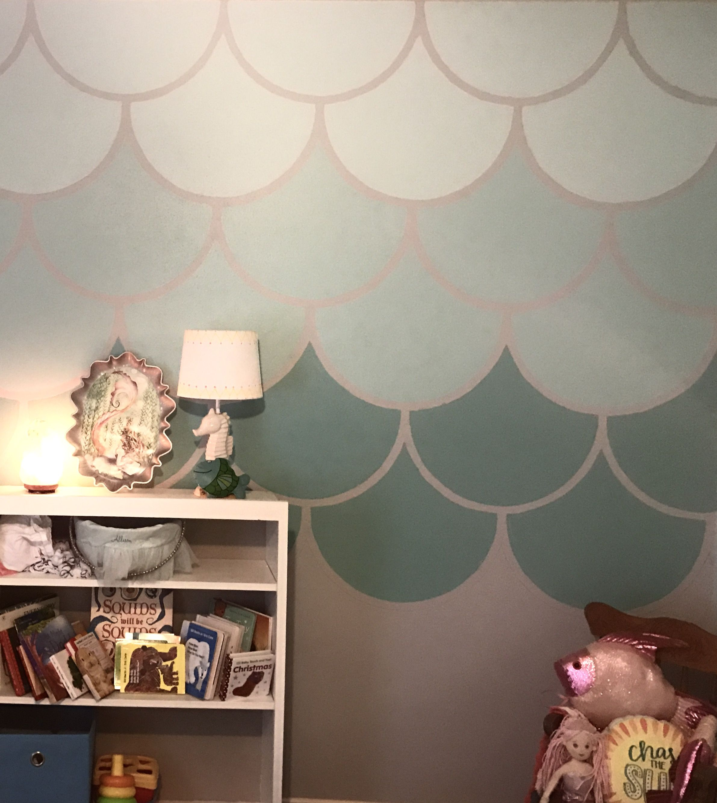Mermaid Nirsery Accent Wall: Ombré Mermaid Scale Accent Wall