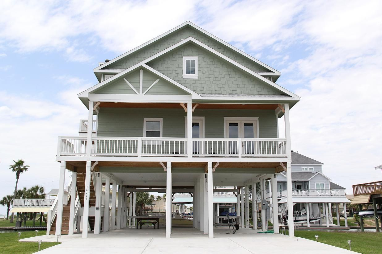 Seaside Construction Galveston Custom Home Builder Custom Home Builders Beach House Plans Beach House