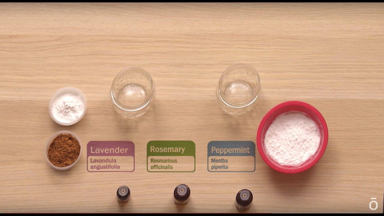 Diy Dry Shampoo Using Essential Oils Perfect For Day 5 Diy Essential Oils Essential Oils Health Diy Dry Shampoo