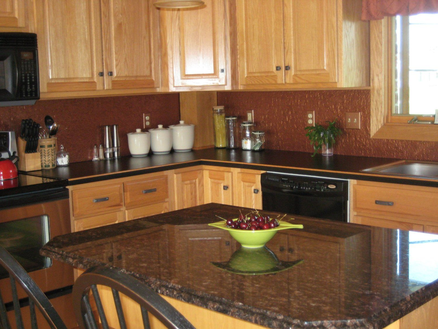 Kitchen Black Granite : Dark granite countertops with light cabinets