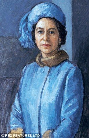 Portrait of the Queen goes on display thats even WORSE