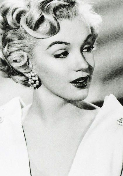 """marilyn-monroe-collection: """" Marilyn Monroe photographed in 1951. """""""
