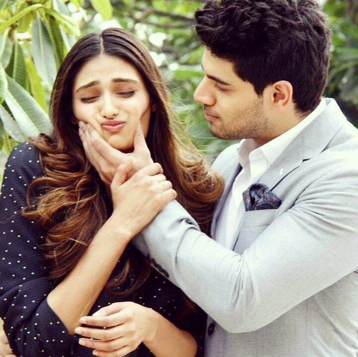 sooraj and athiya relationship help