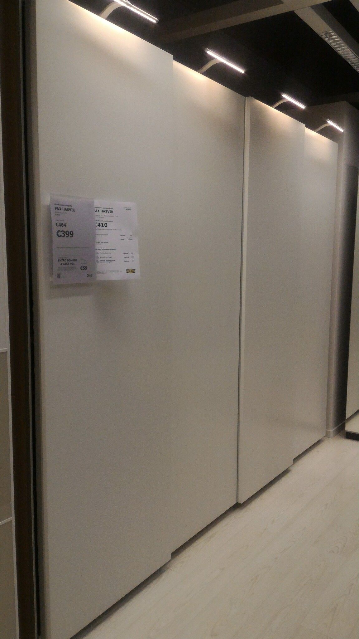 IKEA PAX Hasvik guardaroba bianco con ante scorrevoli