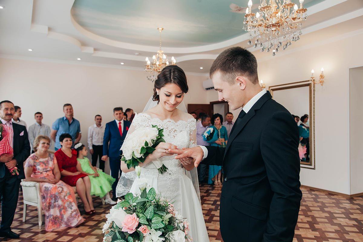 занималась волейболом, свадьба фото загс фотографий