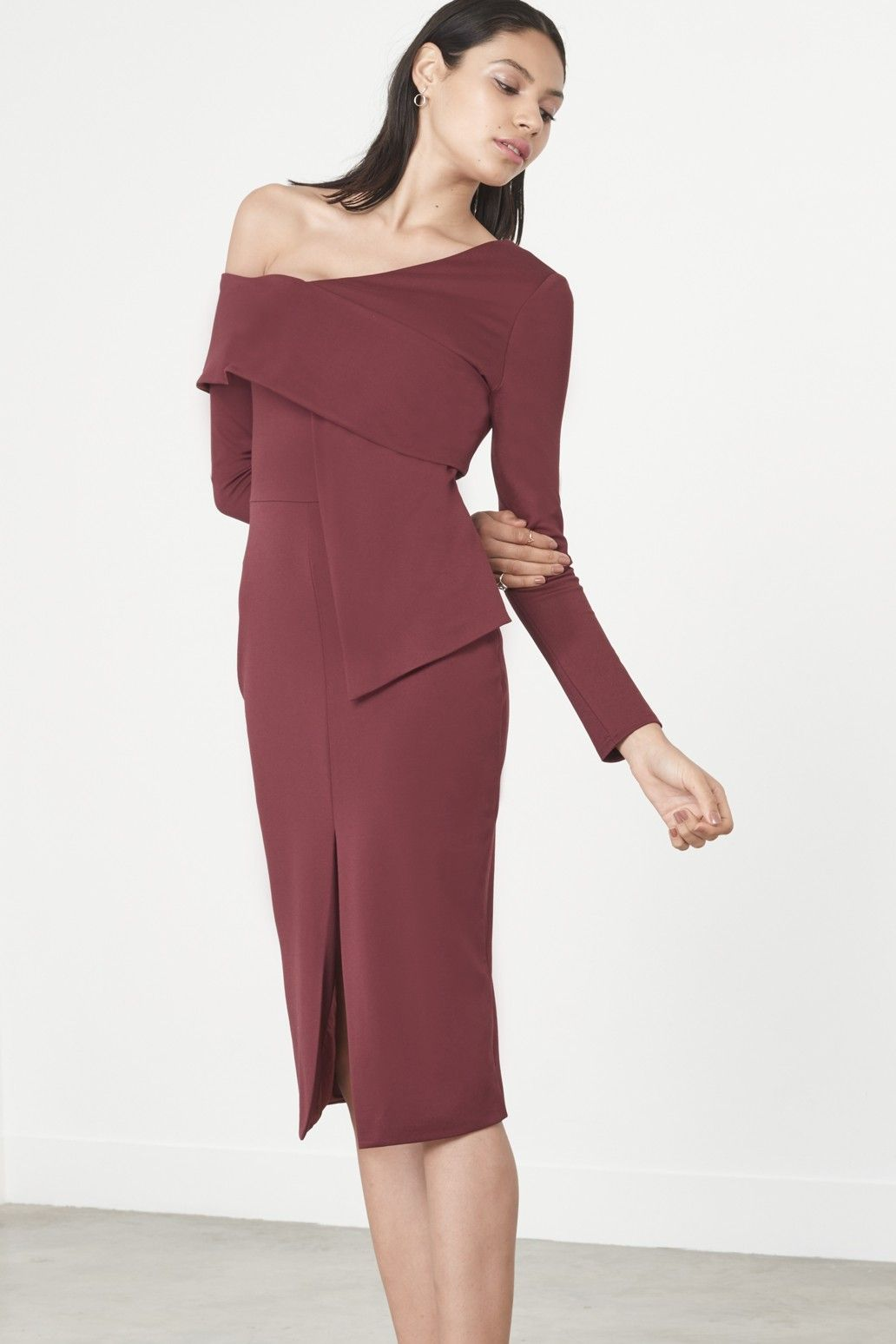 Wine Asymmetric Cold Shoulder Midi Dress. Gorgeous dress from Lavish Alice  - perfect for curvy types this Autumn Winter.  stylistpicks 2f1208ca5