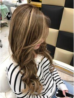 メッシュカラー ヘアスタイリング ヘアスタイル 髪型