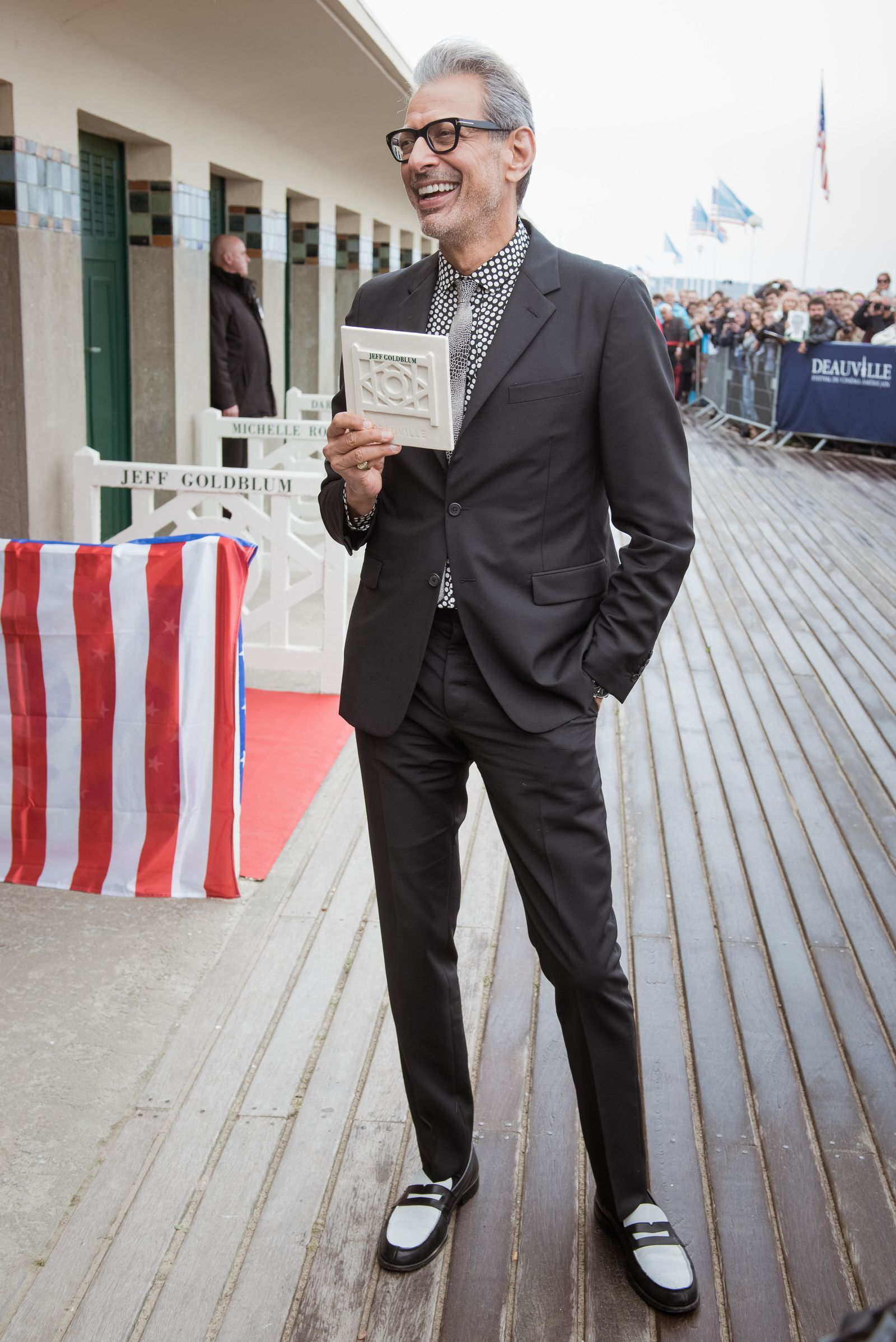 5c04df62f6 How To Be As Cool As Jeff Goldblum