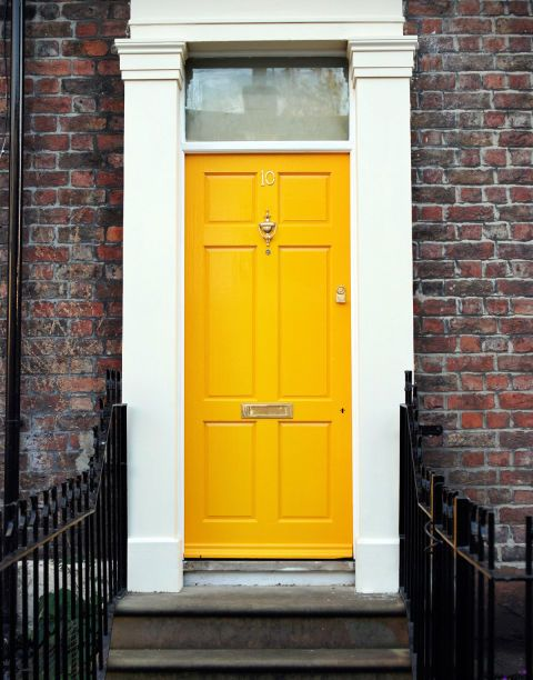 25+ Front Door Colors and Ideas for the Prettiest House on the Block ...