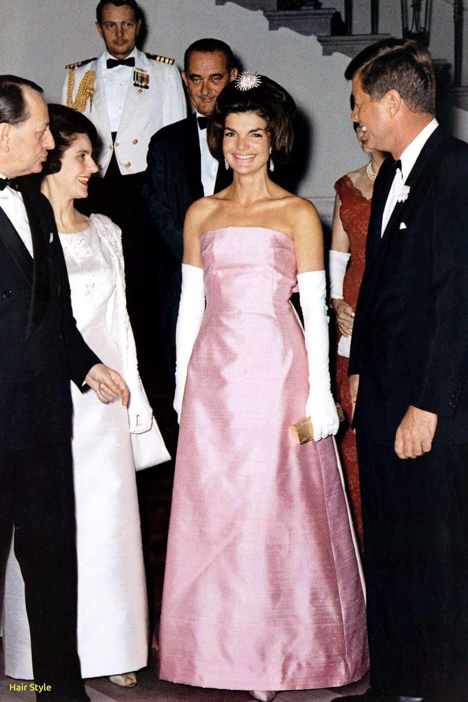 Neufrisurenstile Com Beruhmte Hochzeitskleider Hochzeitskleid Kleid Hochzeit
