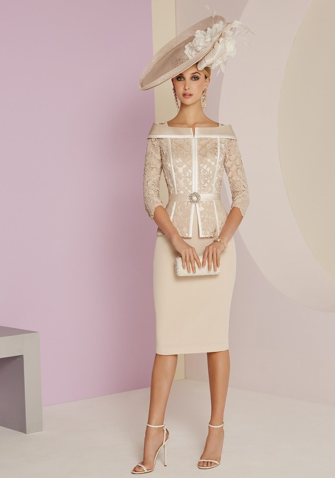 19dbdefed7182 Mother Of The Bride Fashion, Mother Of Bride Outfits, Mother Bride, Lace  Bodice