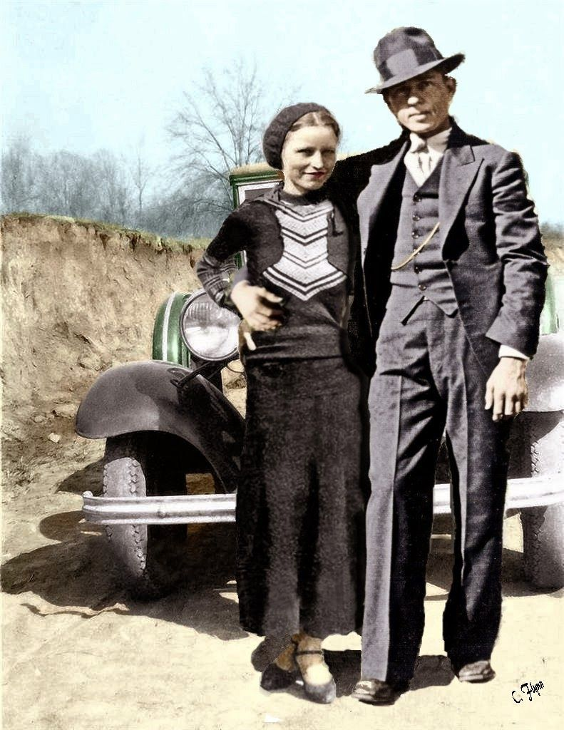 how many people did bonnie and clyde kill