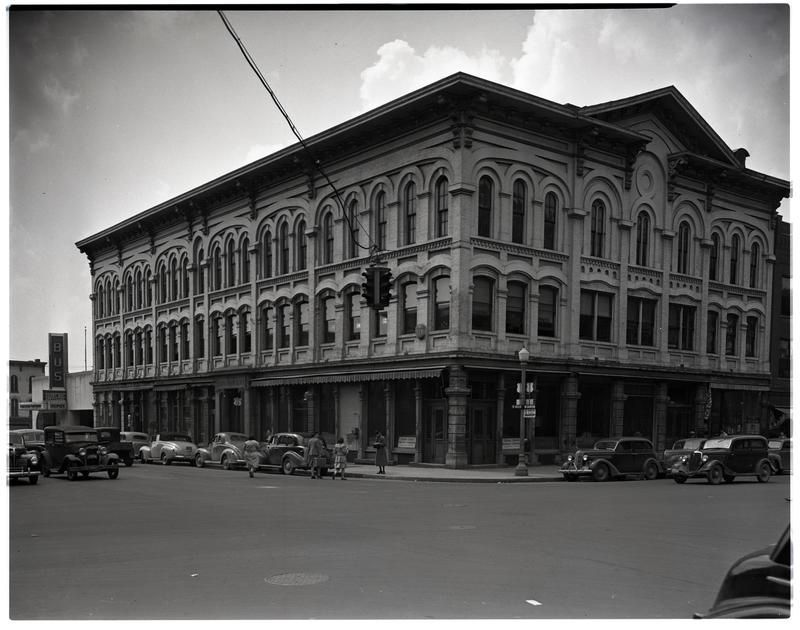June 1943 Old Ann Arbor Savings Bank Building Eyed As Site Of Future Hotel Ann Arbor Banks Building Building