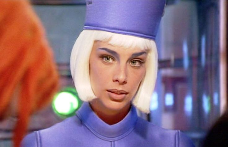 Sophia Goth as the Check-in Attendant in The Fifth Element ...