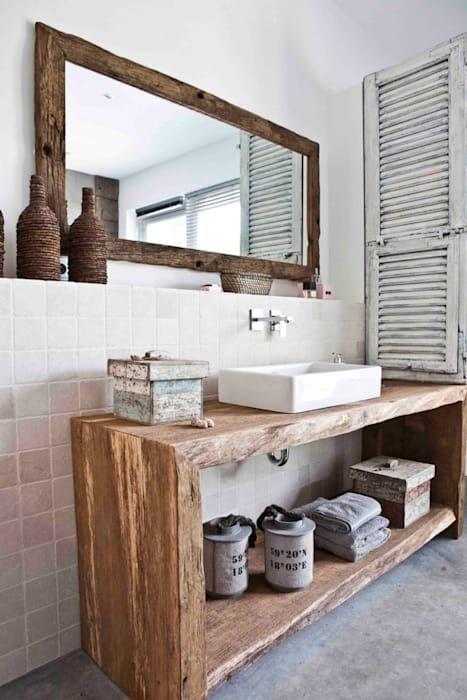 Photo of Ein bad wie im freien mediterrane badezimmer von raphaeldesign mediterran | homify