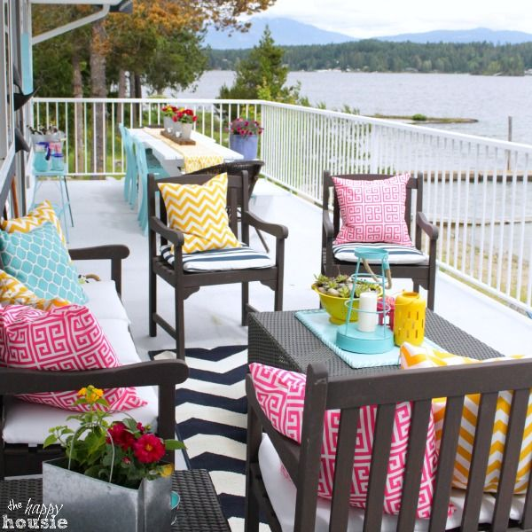How To Turn Thrift Store Finds Into An Outdoor Dining Set Deck Decorating Outdoor Living Space Balcony Decor