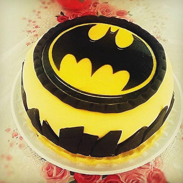 Bolo Do Batman Com Papel Arroz Encomendas E Orcamentos Tel 21