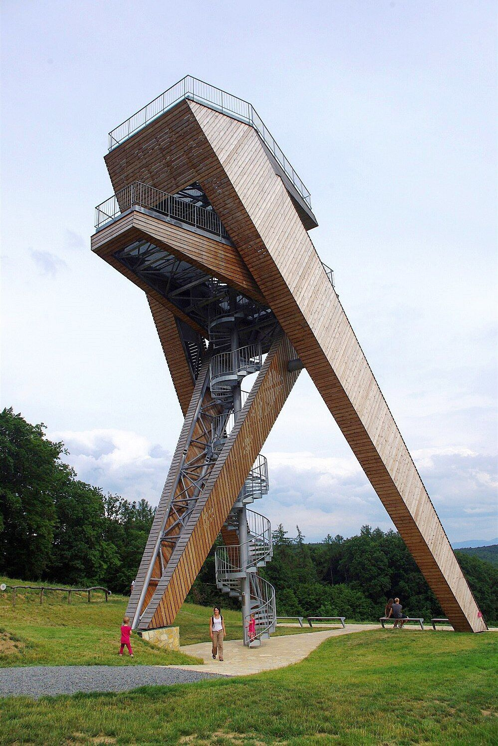 Fotogalerie Rozhledna Salas Playgrounds Architecture Tower Design Monumental Architecture