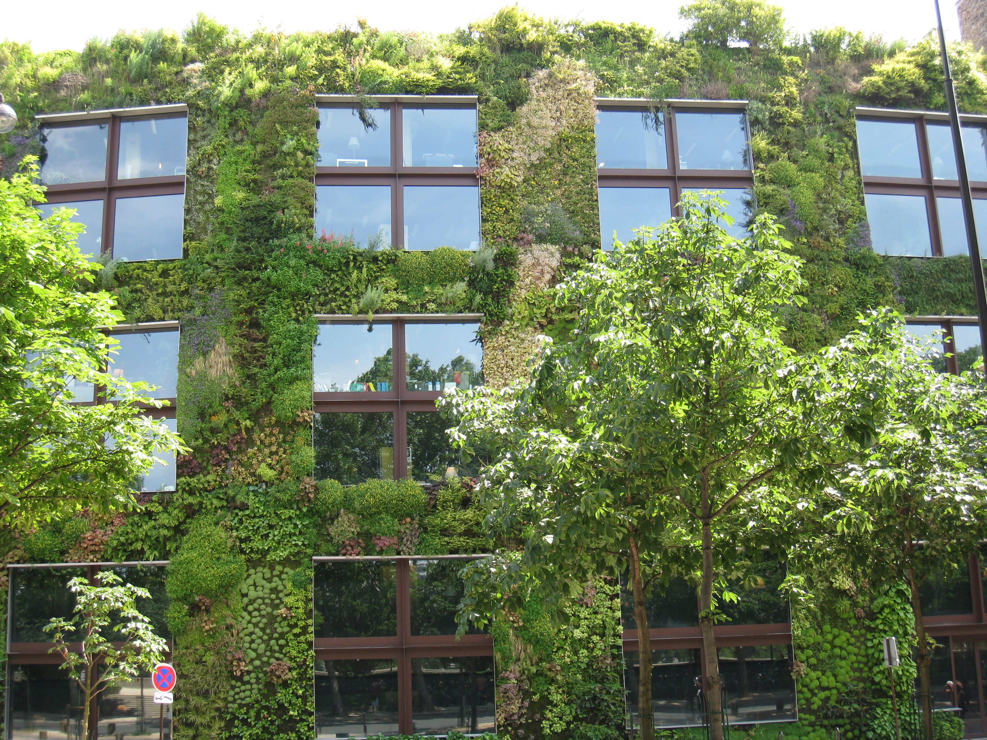 eco friendly sustainable building Steelmaster offers environmentally friendly buildings made from 80% recycled  steel for building green homes or ecologically sustainable business space.