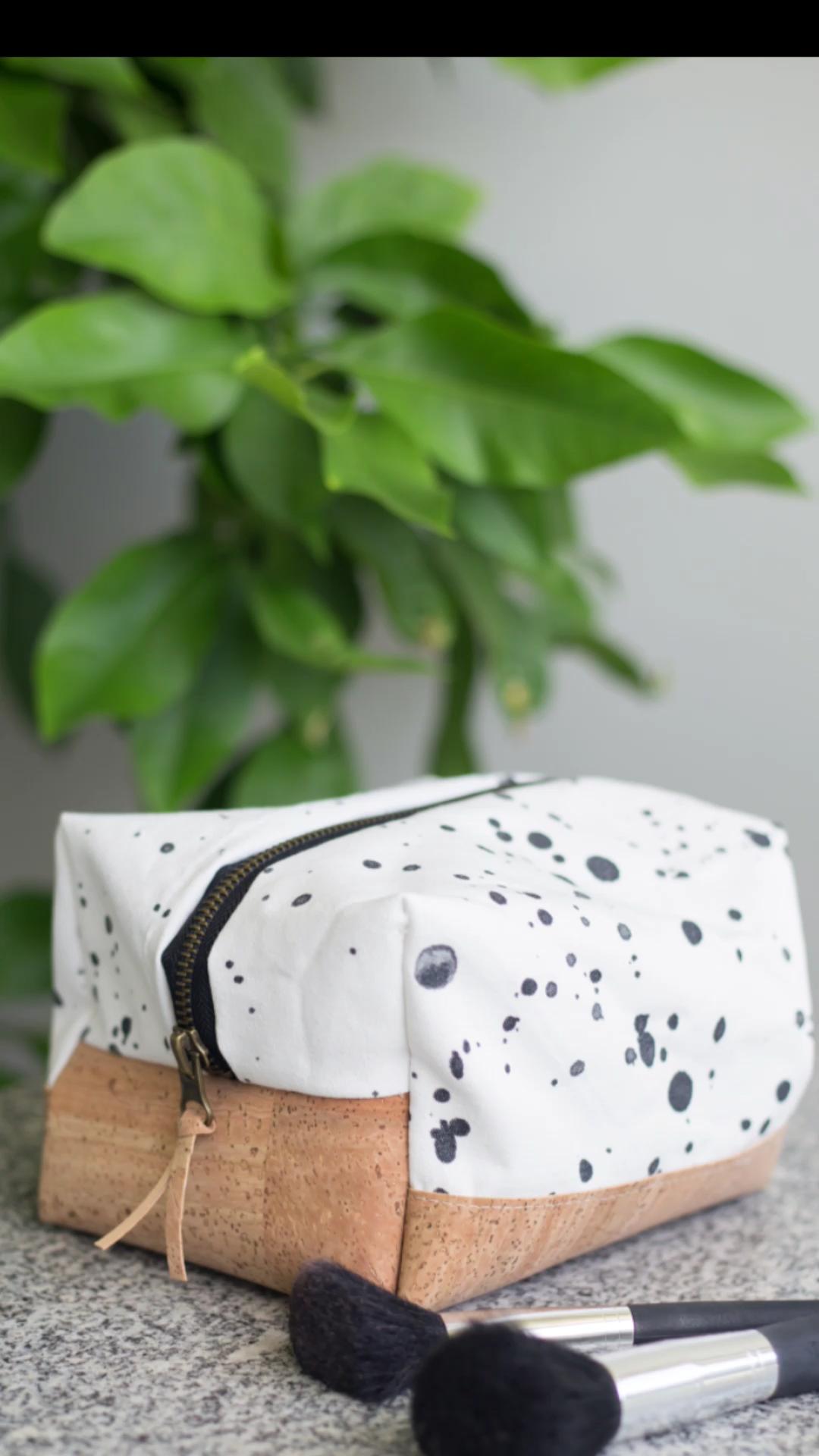 Couture du sac cosmétique carré bricolage vidéo avec du liège – tutoriel étape par étape facile    – DIY Nähideen und Schnittmuster / sewing patterns