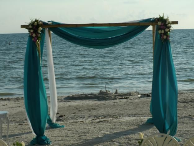 bamboo chuppah | Closest to my idea / Image via Clearwater-florida.olx. & bamboo chuppah | Closest to my idea / Image via Clearwater-florida ...