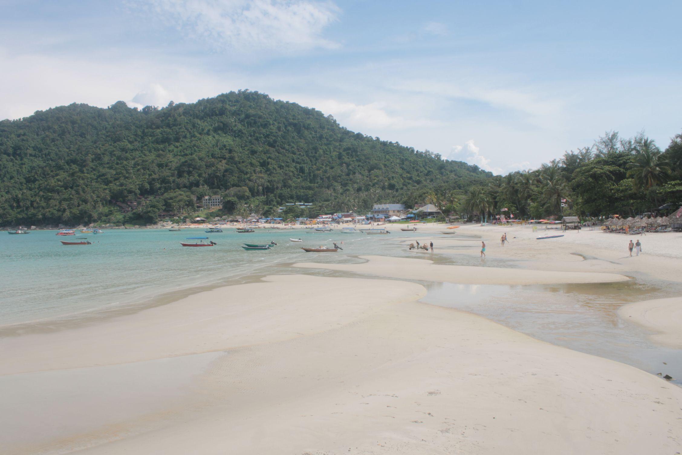 Playa principal de la isla pequeña
