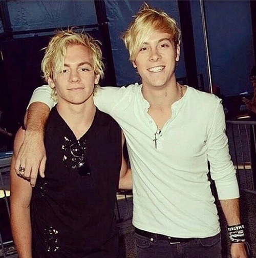 Day 28: Riker and Ross have the best eyes