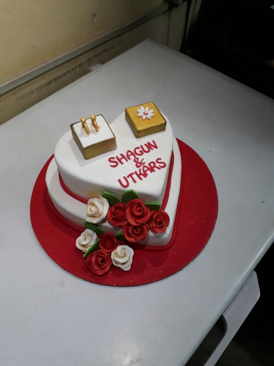 Send flower online for your loved ones Cake delivery Online cake