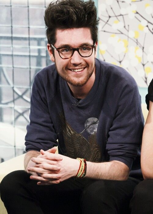 Dan Smith - Bastille. Total cutie with a great voice. The more I read about him, the more I love his brains too. Trifecta of awesome!