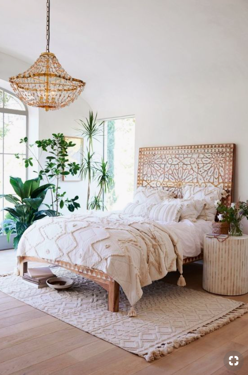 Boho Master Bedroom Bohemian Rustic Cozy Master Bedroom Ideas To Get You Inspired To Redecorate Whether You Plan To Thrift Shop Or Buy From Urban Ou In 2020 With Images Boho