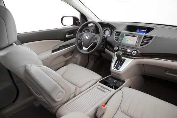 2014 Honda CR-V 2.0 interior