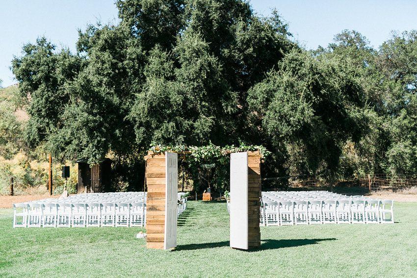 10 Chic Barn Wedding Venues Near San Diego | Barn wedding ...