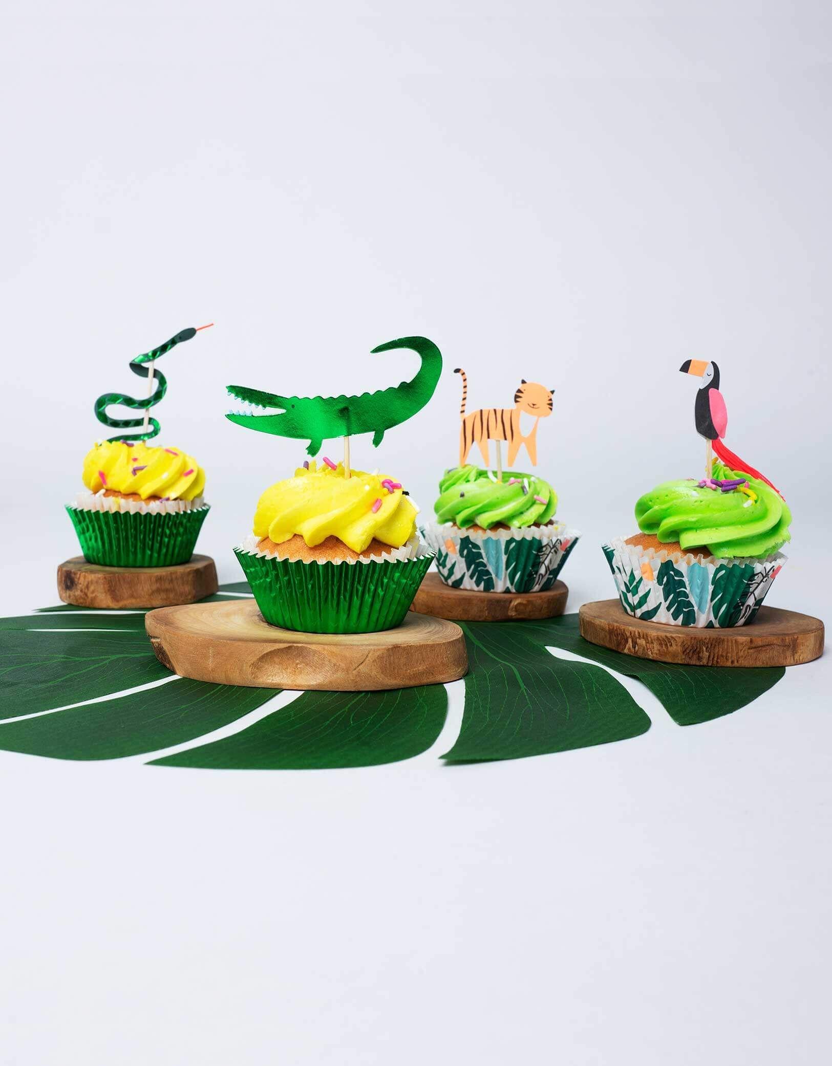 Go Wild Jungle Cupcake Decorating Kit  Tiger  Crocodile  Snake Toucan  Cake toppers  Cupcake Cases  Birthday Boy  Cake Decoration