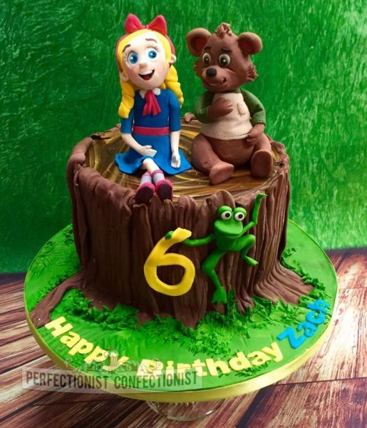 Zach Goldie And Bear Birthday Cake With Images Baby Birthday