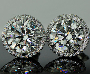Diamond Studs The Perfect Holiday Gift For Her Diamond Gift Diamond Engagement Rings Diamond