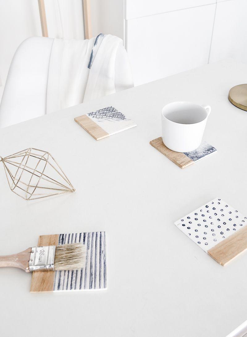 diy water pattern inspired coasters diy ideen diy deko. Black Bedroom Furniture Sets. Home Design Ideas