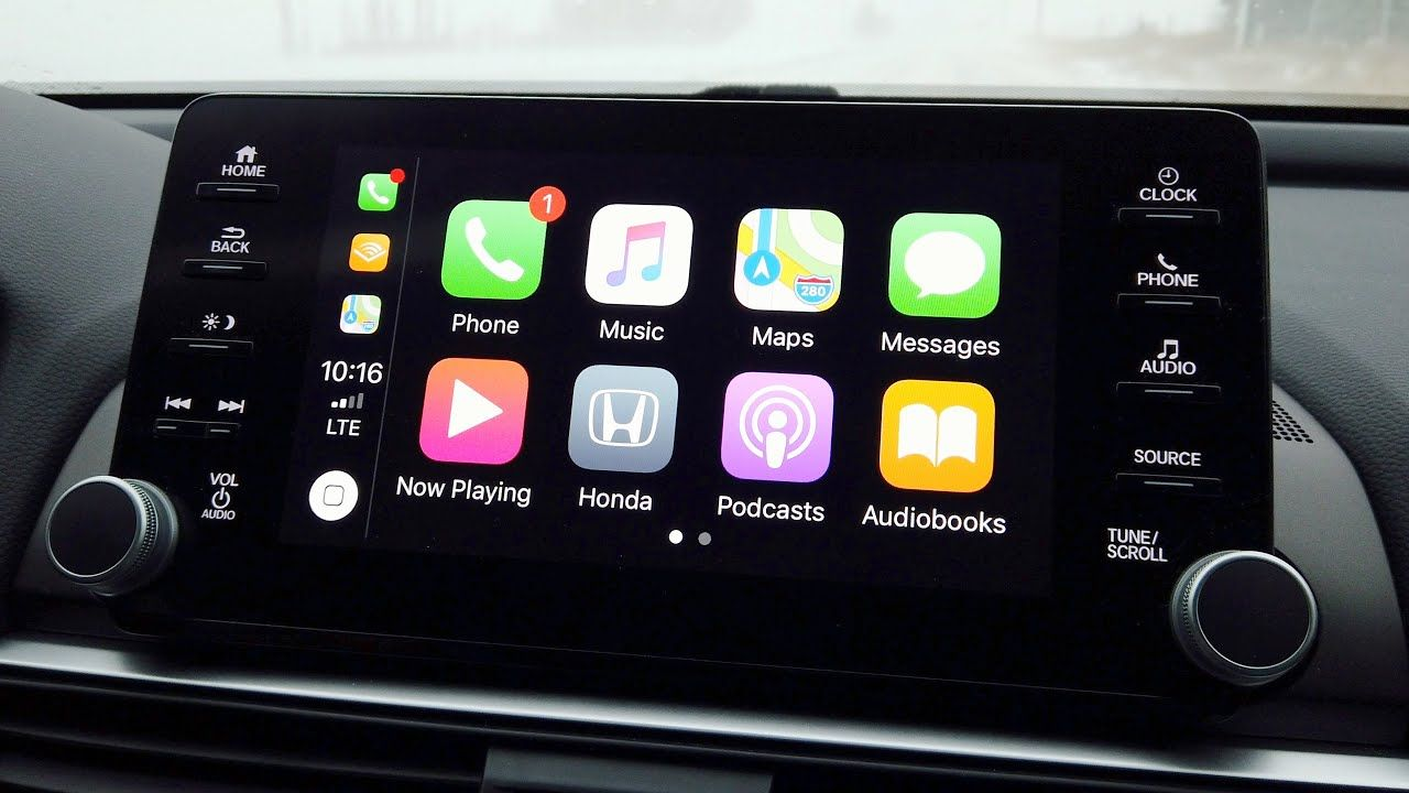 Make Apple's CarPlay EXTRA Worth It (Apps & Tips