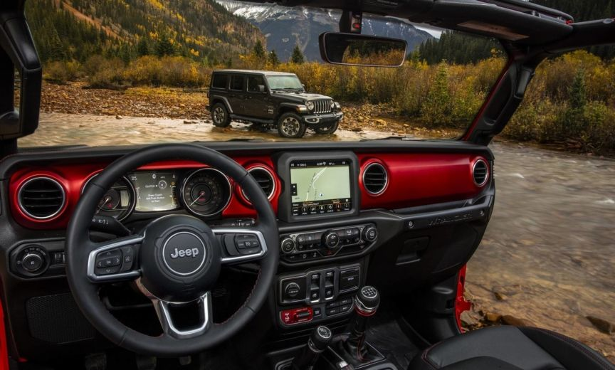 First Official Jeep Wrangler Jl Interior Images Show Both Stylish