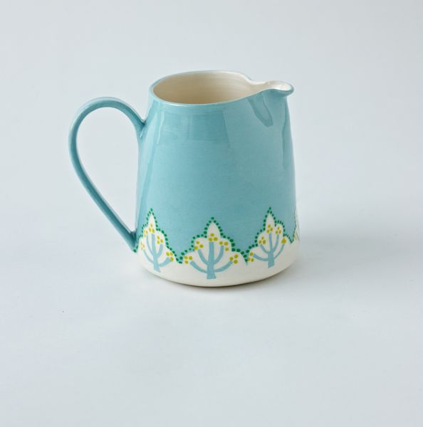 Love everything by Katrin Moye, but especially this jug. Scandi & mid-century in one fluid peice