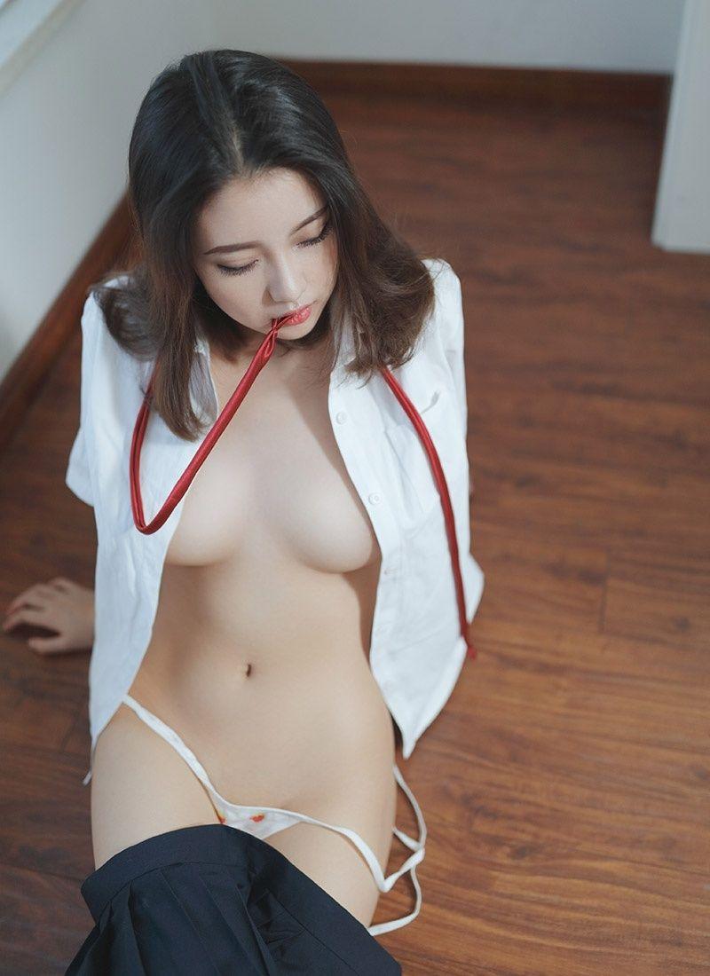 Nude china model girl