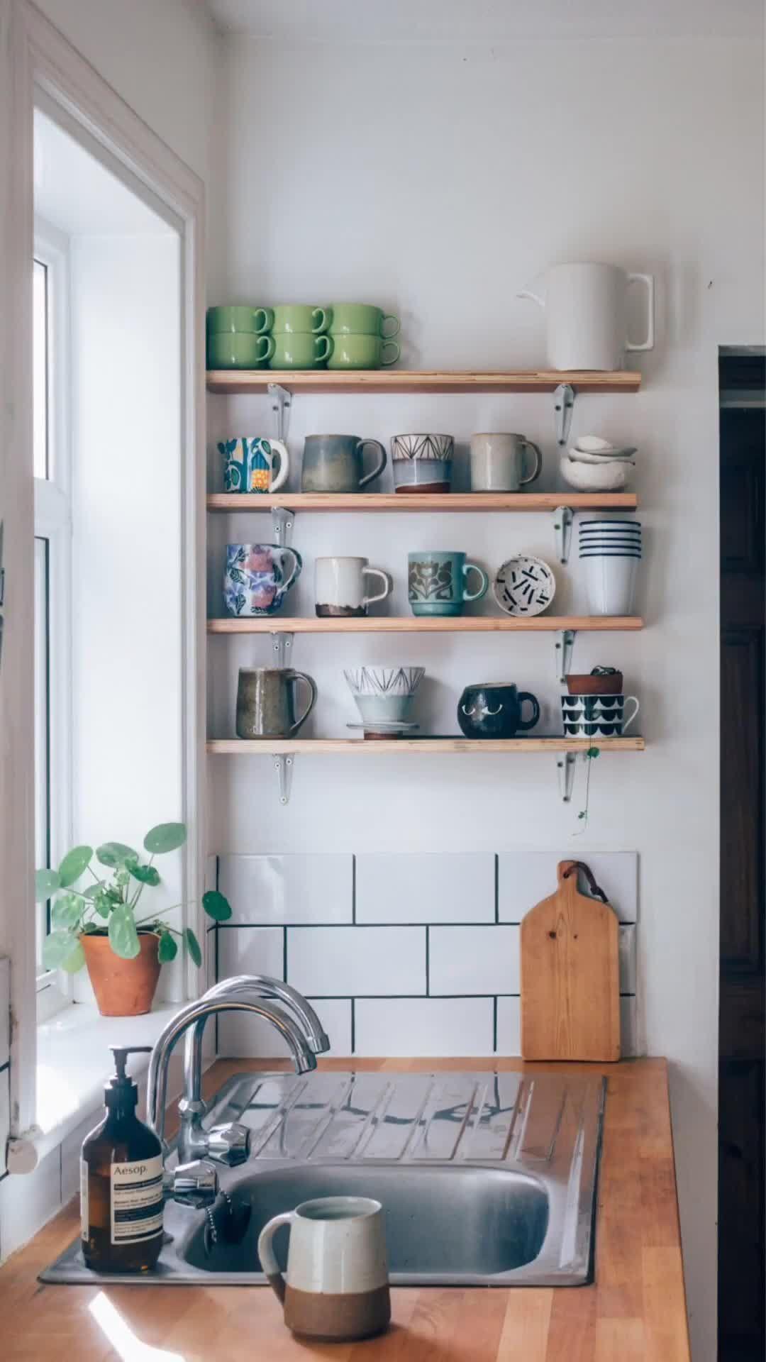 Photo of Super Budget Rental Kitchen Makeover — Hannah Bullivant