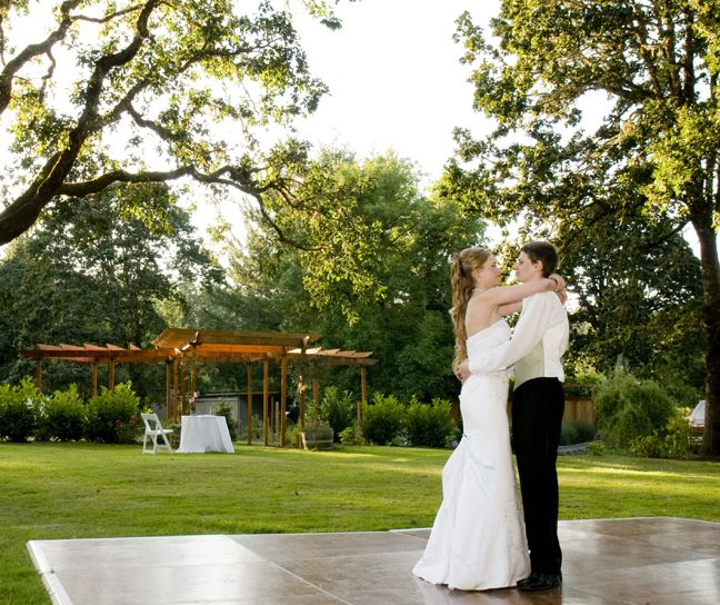 Navarra Gardens An Oregon Garden Wedding Destination Dance Floor First Dance Check Out Navarragardens Garden Wedding Venue Garden Wedding Oregon Garden