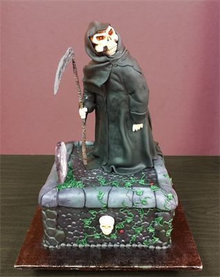 Grim Reaper Cake With Images Cake Halloween Cakes Gothic Cake
