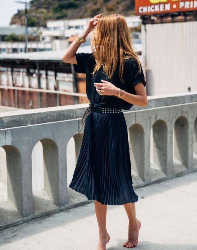 Blaues MidiKleid mit Nietengürtel 2019 Das Beste Ideen um