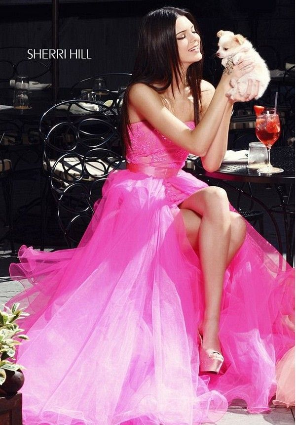 Kendall & Kylie Jenner Prom Dresses | Fashion & Style | Pinterest