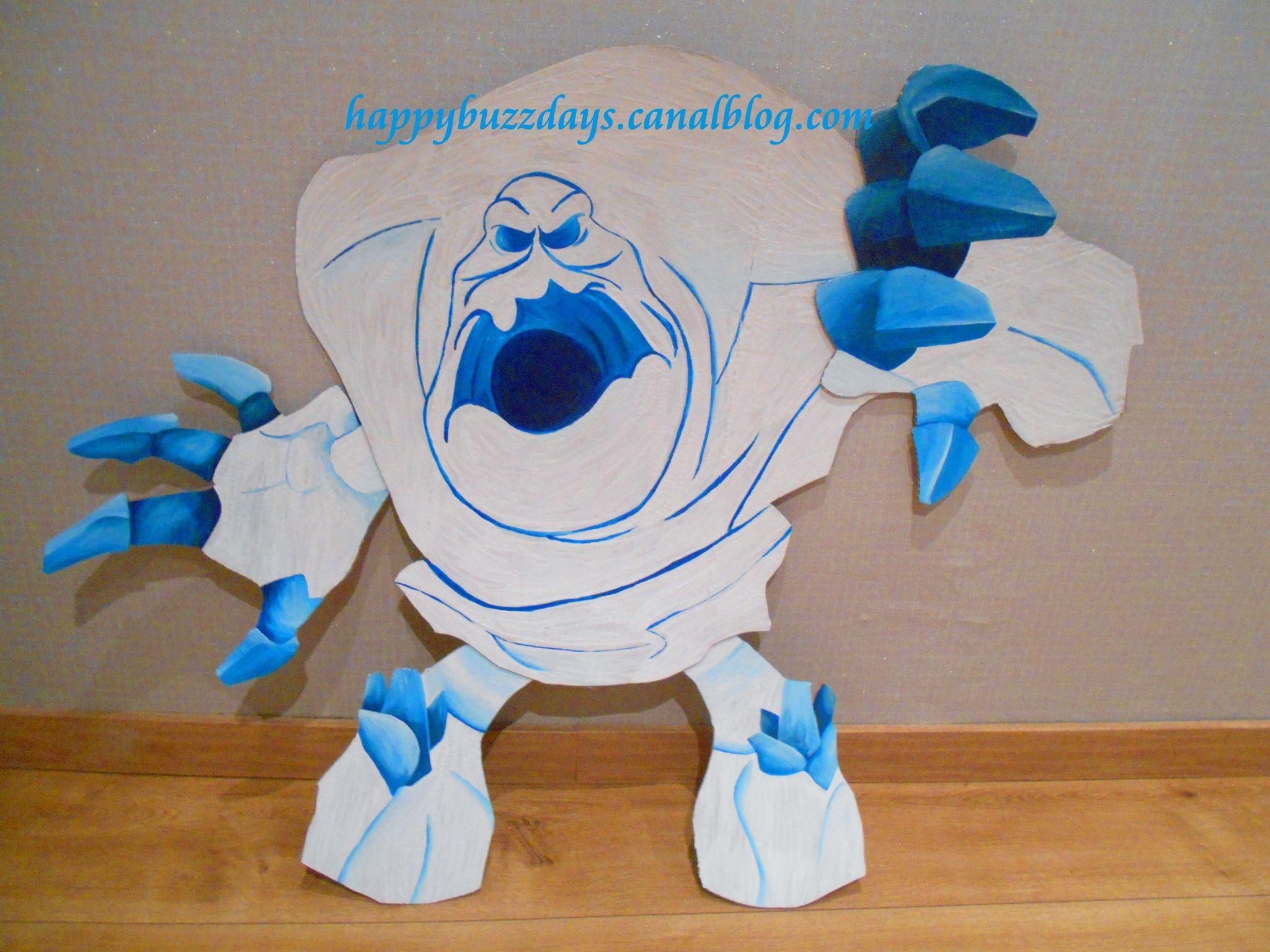 jeux boules de neige contre monstre de glace anniversaire. Black Bedroom Furniture Sets. Home Design Ideas