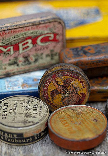 Vintage tins  #wallartroad #vintagetins